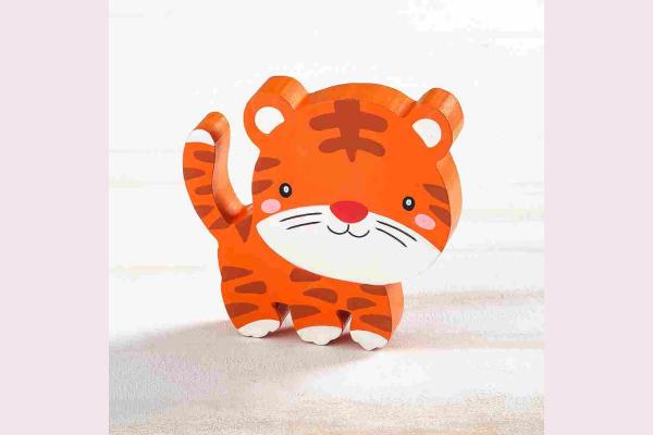 Ξύλινη μπομπονιέρα τίγρης.