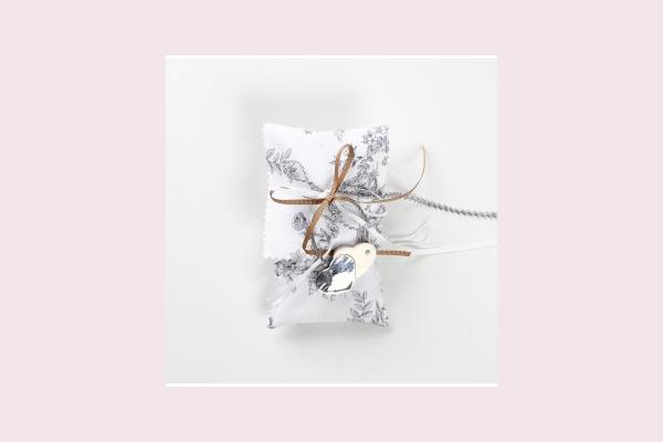 Μπομπονιέρα γάμου φάκελος floral