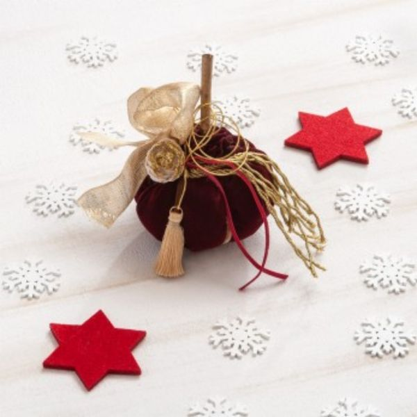 Χριστουγεννιάτικη Διακοσμητική Κολοκύθα.