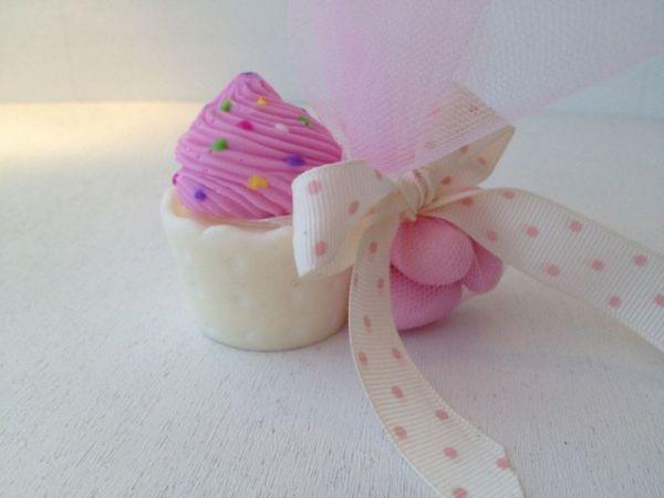 σαπουνάκι μπομπονιέρα βάπτισης cup cake